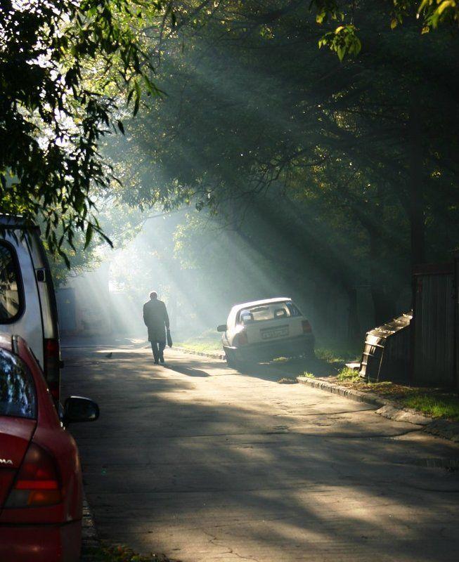 утро, туман, человек, дымка. москва, двор Московское утроphoto preview
