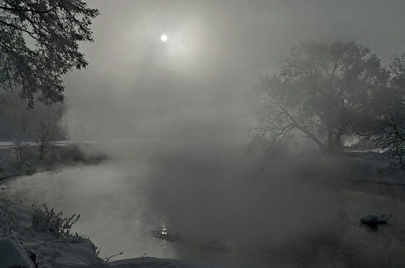 зима, река, солнце, туман, дерево Пейзаж с туманомphoto preview