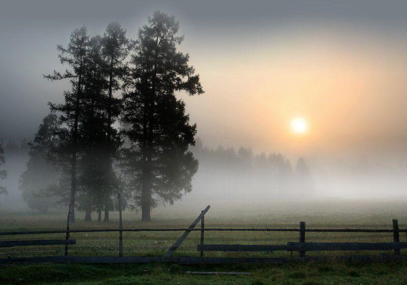 деревня, тюлюк, (гора, еремель) Утро на  праздник Преображения Господняphoto preview