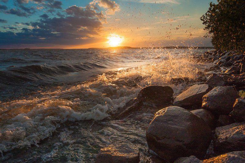 фото, Дубна, россия, пейзаж, Иваньковское водохранилище, волны, солнце закат Янтарные гребниphoto preview