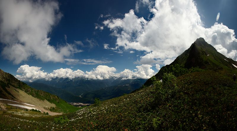 горы, Сочи, Красная поляна, облака Летние склоныphoto preview