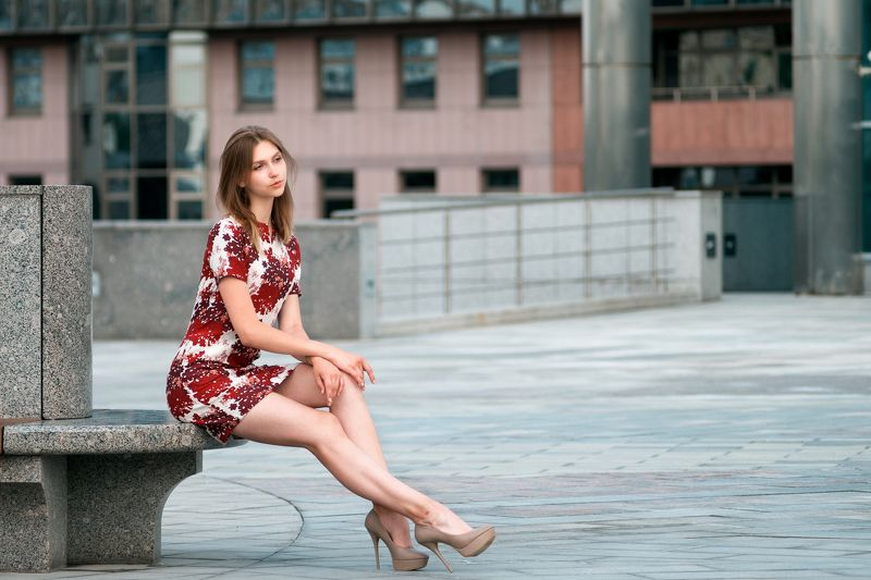 девушка, улица Машаphoto preview