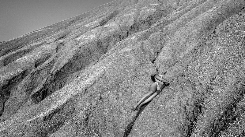 песок, дюны, девушка, ню Белый шумphoto preview