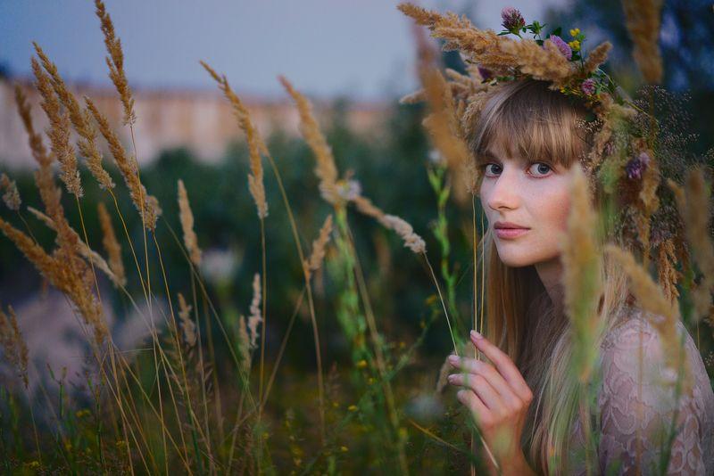 портрет,вечер,лето,девушка,воронеж летний вечерphoto preview