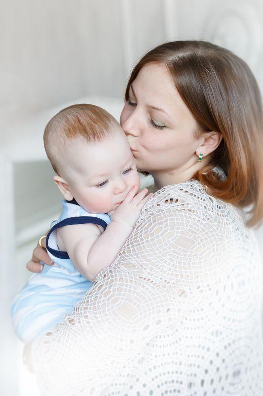 Мама, малыш, детство, нежность, Мамина нежностьphoto preview