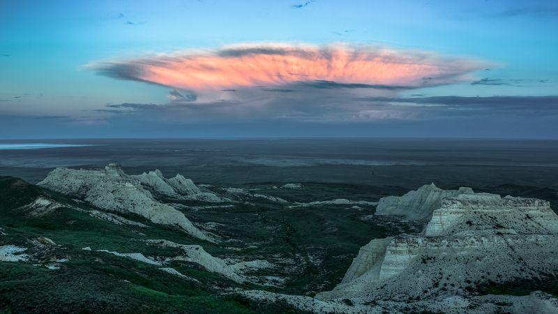 Казахстан, Плато Актолагай Утренний мираж.photo preview