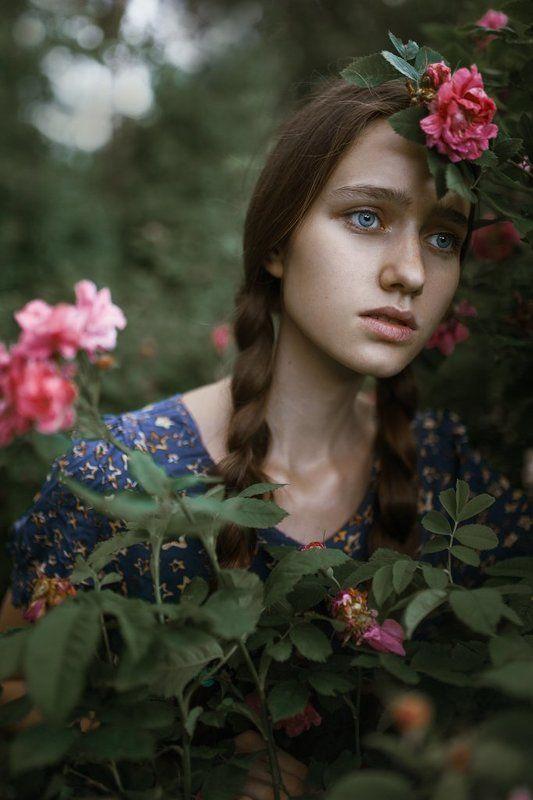girl, roses, sony alpha, 35mm, summer, sigma, девушка, портрет, лето, цветы Vikaphoto preview