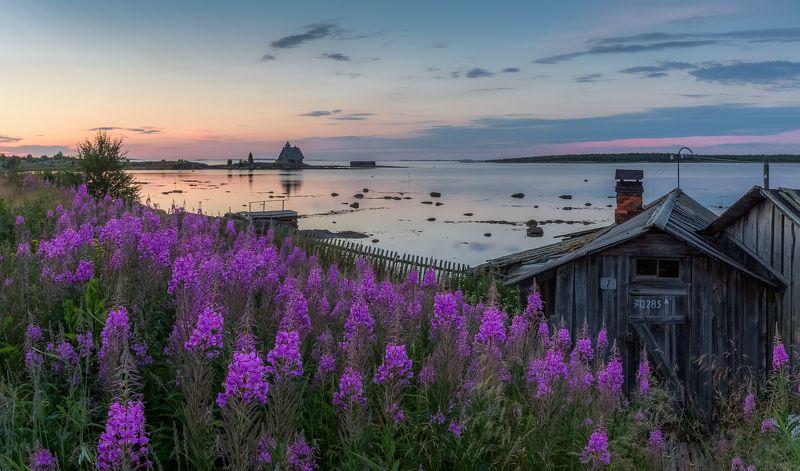 Белая ночь, Белое море, Рабочеостровск Одна белая ночь рабочего посёлка.photo preview