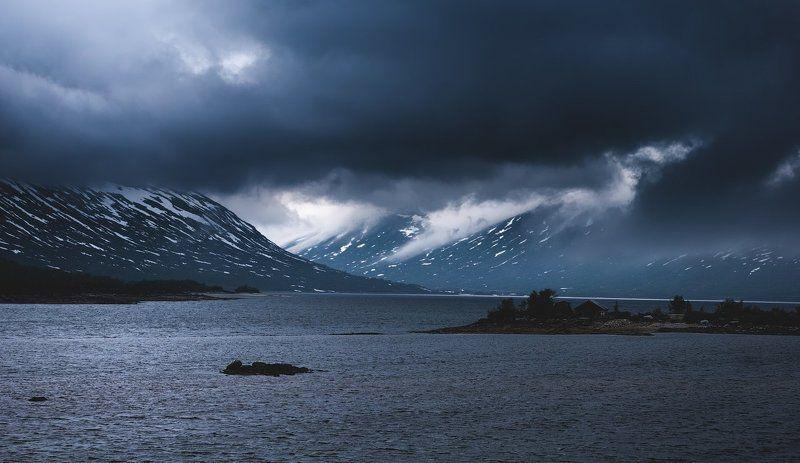 норвегия, горы, облака, снег, вода, лес, norway, mountains, clouds, snow, water, forest Северное летоphoto preview