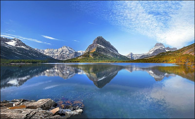 Swiftcurrent Lake .photo preview