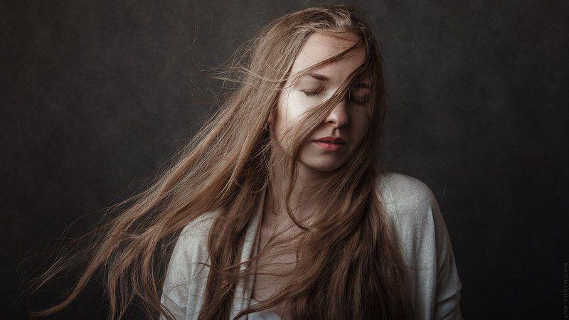 портрет, студийный портрет, портрет девушки Solar windphoto preview
