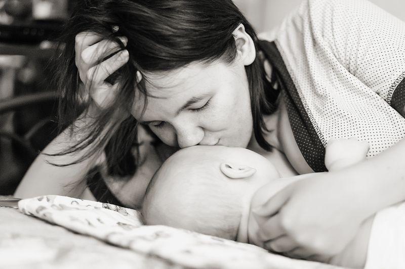 мама, малыш, любовь, карамель, счастье, мамин сын, mom, kid, love, caramel, happiness, mother\'s son Сладкий запах карамелькиphoto preview
