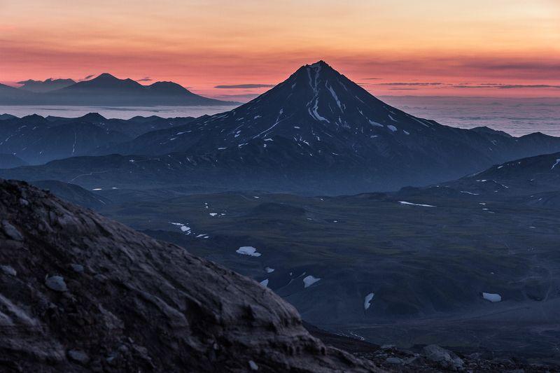 рассвет, камчатка, вулкан вилючинский, туман, океан.  Рассветphoto preview