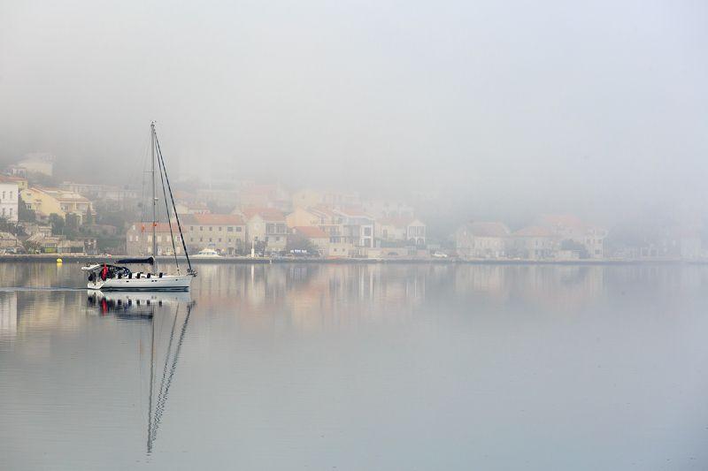 Туманный городphoto preview