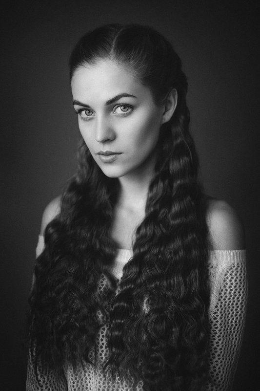 портрет, ч/б, модель, студия Дашаphoto preview