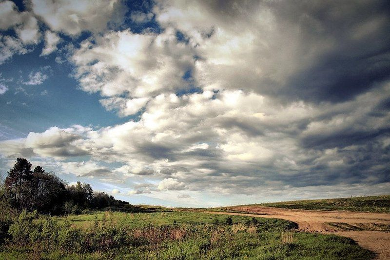 тучи, поле После грозы...photo preview
