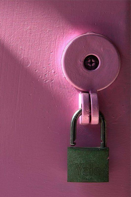 Жизнь в розовом цвете (еще открыто)photo preview