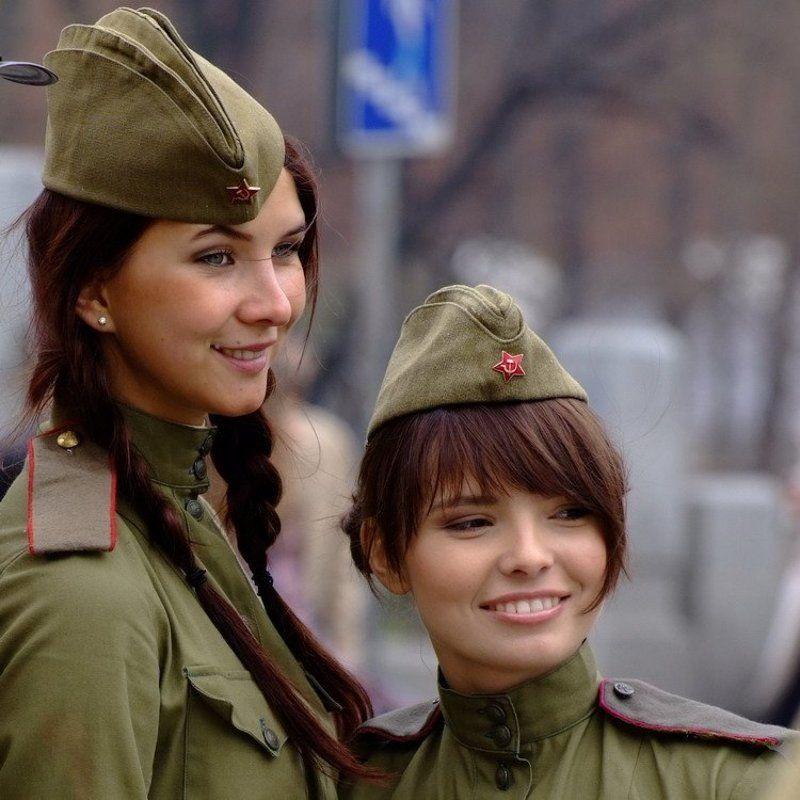 1945, война, девушки, победа Фронтовые подружкиphoto preview