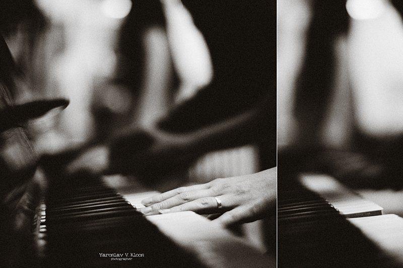 пианино, пальцы, руки, музыка Реквиемphoto preview