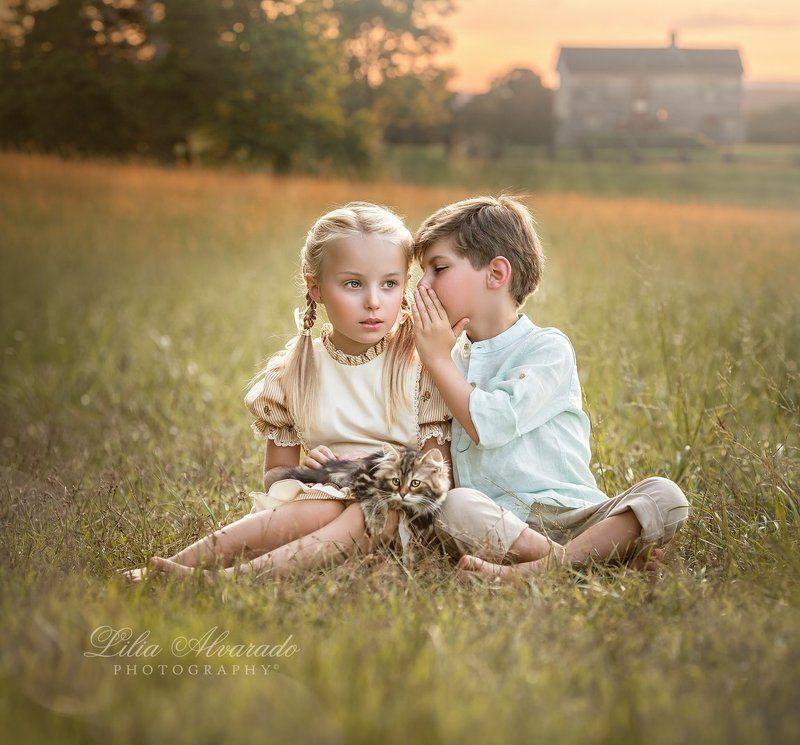 secret,kids,children,taking,listening, childhood,vintage,old, worrld Can You Keep a Secret?photo preview