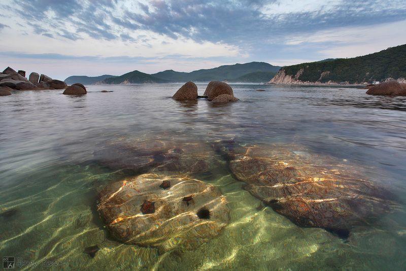 море, Находка, триозёрье, окунёвая Утро в бухте Окунёвойphoto preview