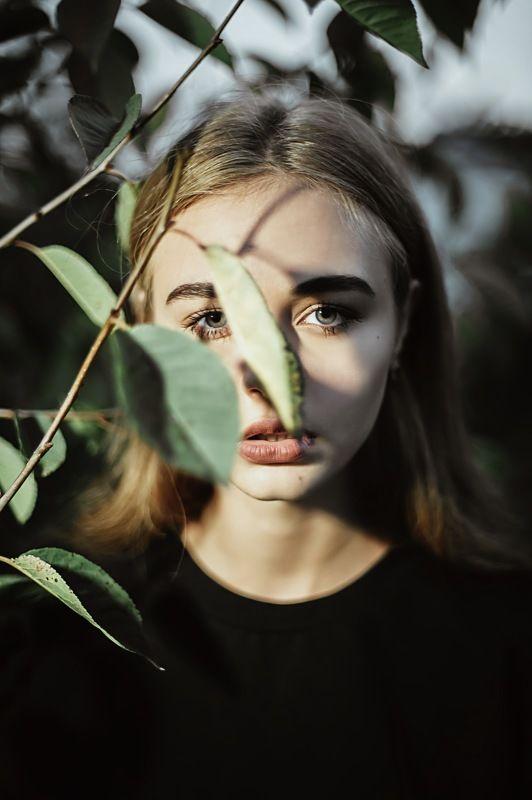 Портрет девушка 35mm 50mm 1.4  photo preview