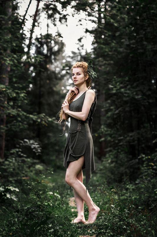 девушка портрет весушки рыжая лицоо глаза волосы сказка  photo preview