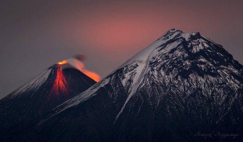 камчатка, вулканы, вулкан, ключевская, сопка, камень, извержение, лава, ночь Извержение Ключевскойphoto preview