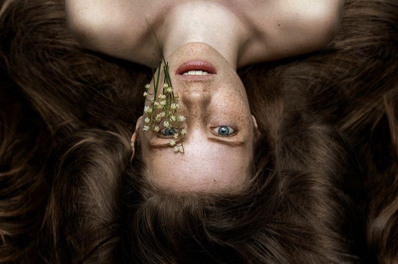 девушка портрет сказка лес лицо глаза волосы photo preview