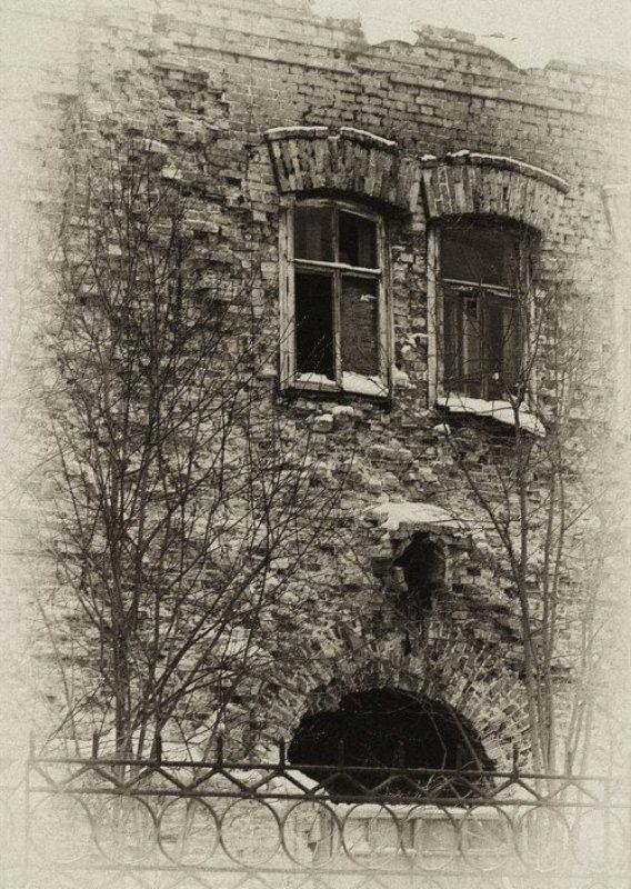 старый, дом, архангельск, лицо, окна, архитектура Восстановлению не подлежит...photo preview