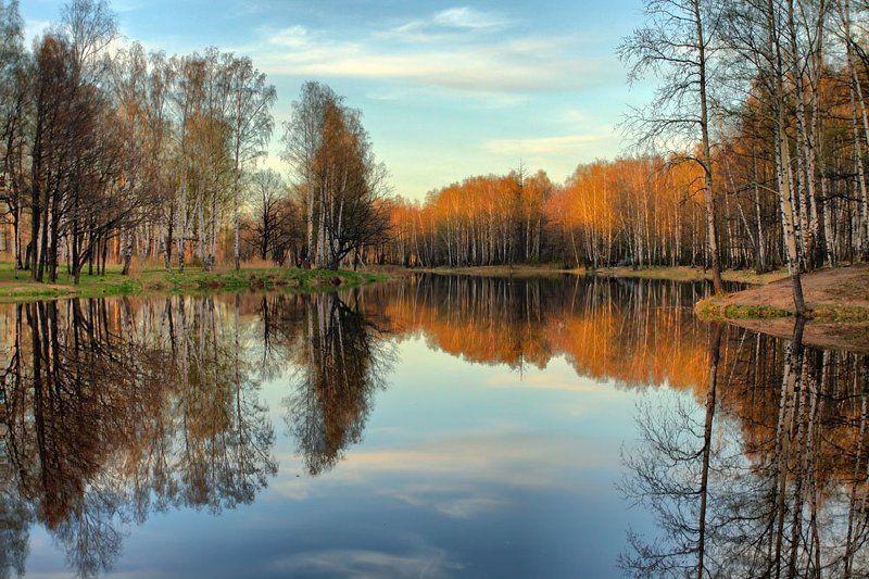 английский парк,весна,озеро Весеннее отражение весны в осень...photo preview