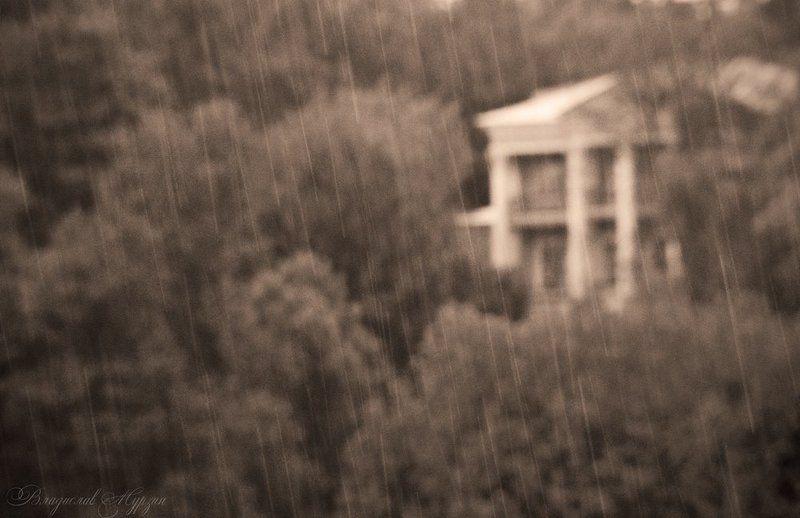набережная, дождь Дождь в косую линейкуphoto preview