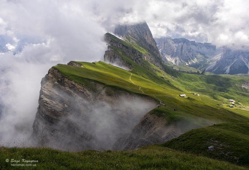 Alps, Clouds, Dolomites, Fog, Italy, Light, Mountains on the Edge of the Earthphoto preview