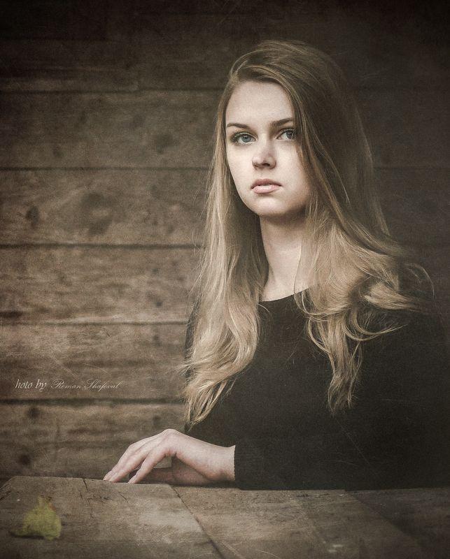Девушка, Портрет, Роман Шафовал Осенний портрет...photo preview