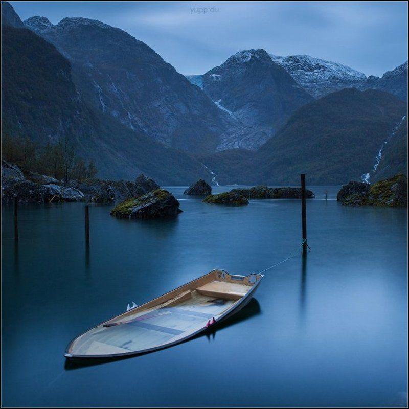 Вечереет на озере у ледника Фолгефоннаphoto preview