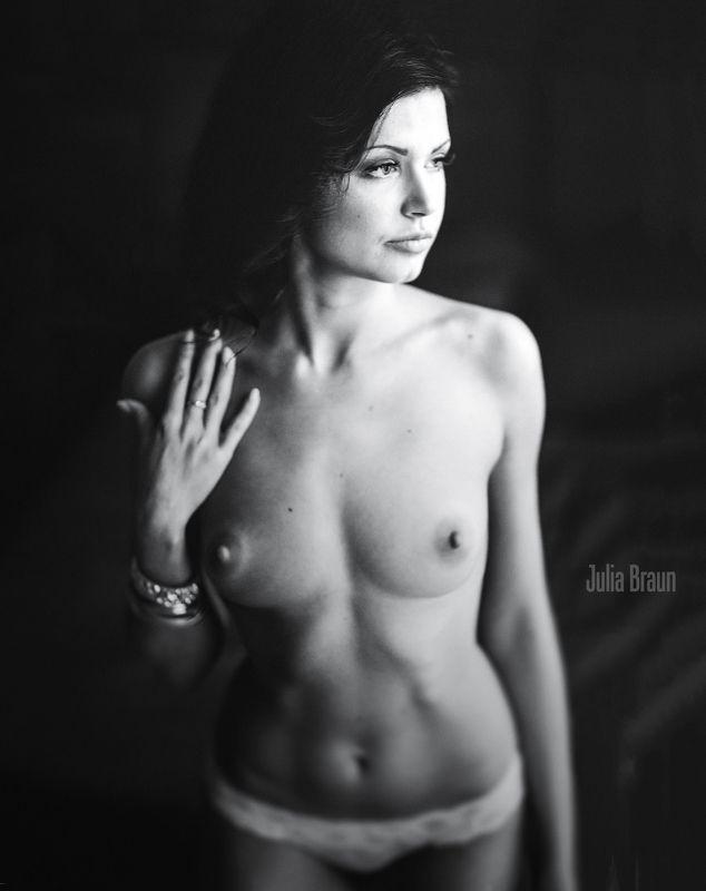 юлия браун, юлия браун фотограф, фотограф москва, эротика, арт-ню, ню, ню-портрет Shyphoto preview