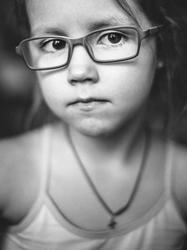 портрет, чб, черно-белое, дети,  Полькаphoto preview