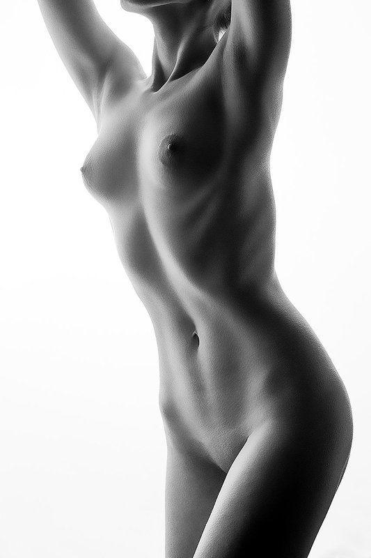 Октобокс, импульс, студия,грудь, чб,девушка,тень, стройная, Фото № 16photo preview