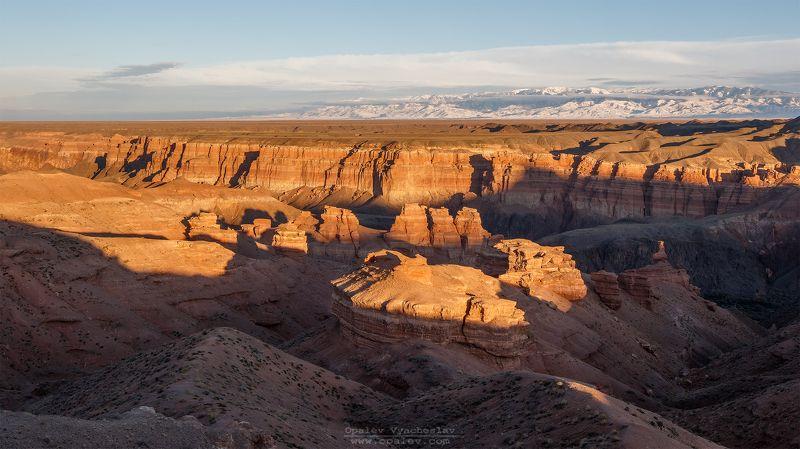 каньон, Чарын, чарынский, Казахстан, Алматы, пейзаж, степь, горы, вечер Чарынский каньон, на закатеphoto preview