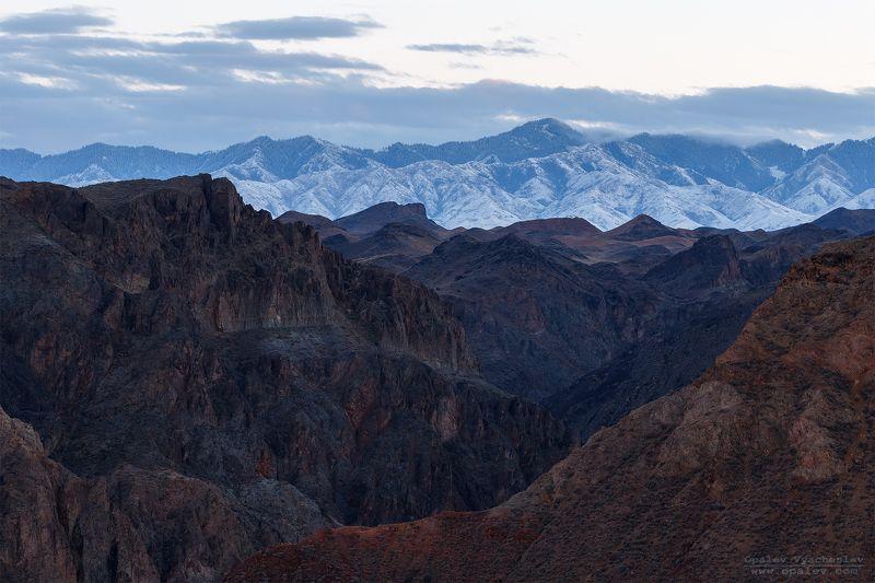 Казахстан, Чарын, Чарынский, каньон, горы, снег, вечер, пейзаж, осень Многогранный Чарынphoto preview