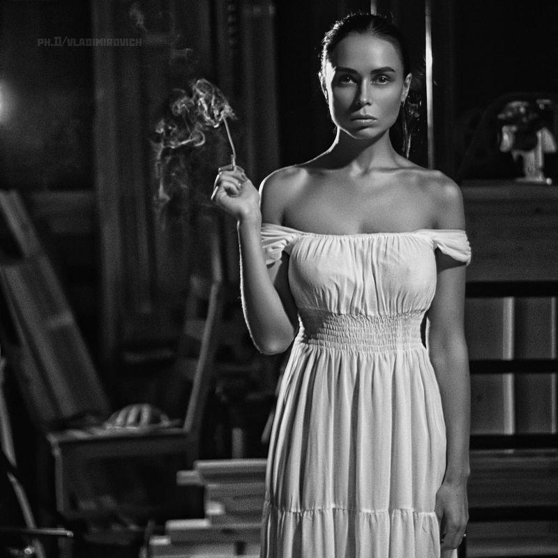 девушка черно-белое студия fujifilm 50mm портрет Куритphoto preview