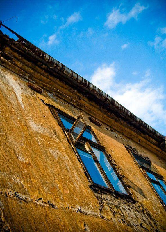 окно ужупис вильнюс looking into havens (...окно в Европу...)photo preview