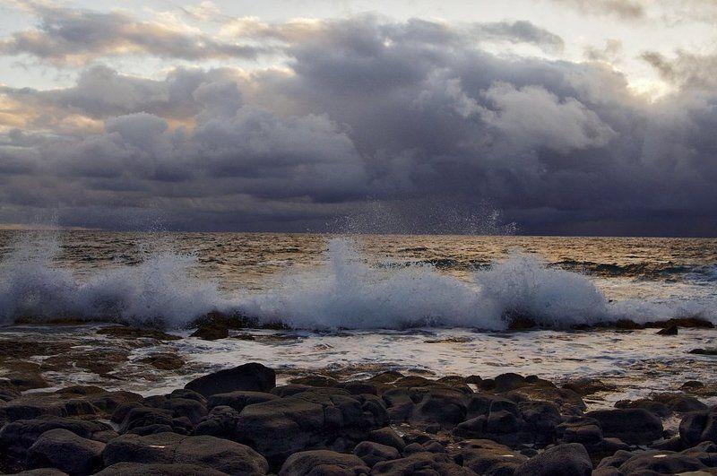 станко, берег, море, небо, гавайские, острова Прибойphoto preview