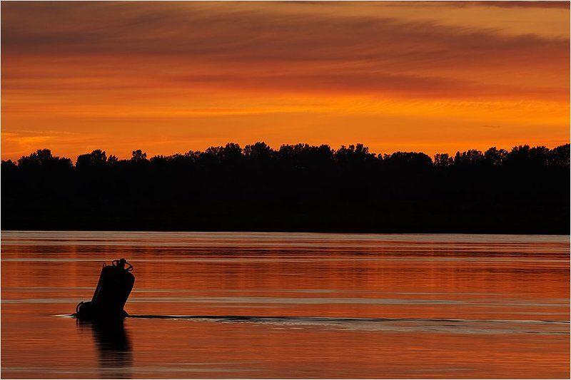волга, река, рассвет, утро ...photo preview