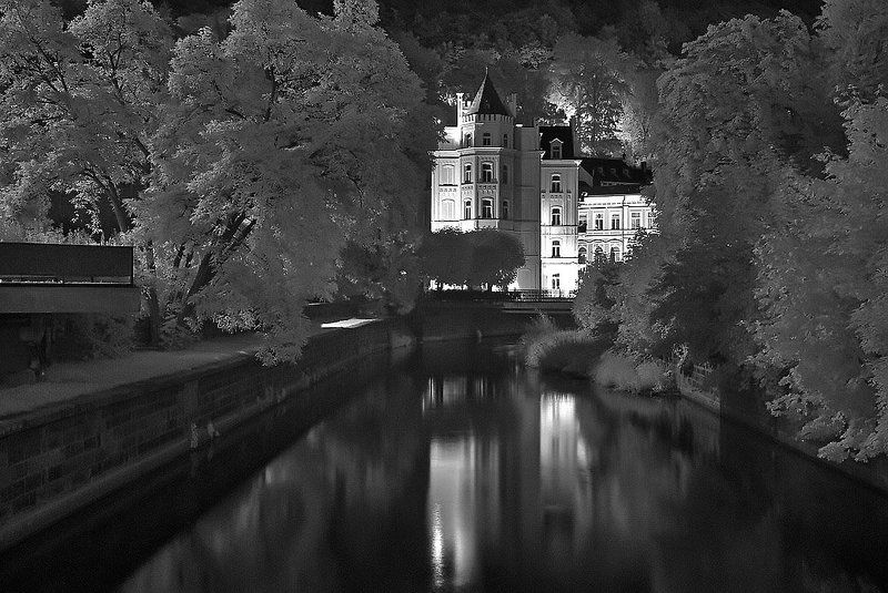 карловы, вары Ночной портрет Карловых Варphoto preview