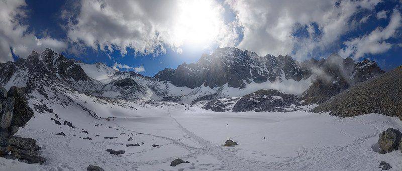 мунку-сардык, охой, бурятия, саяны, снег, облака, горы На вершинуphoto preview