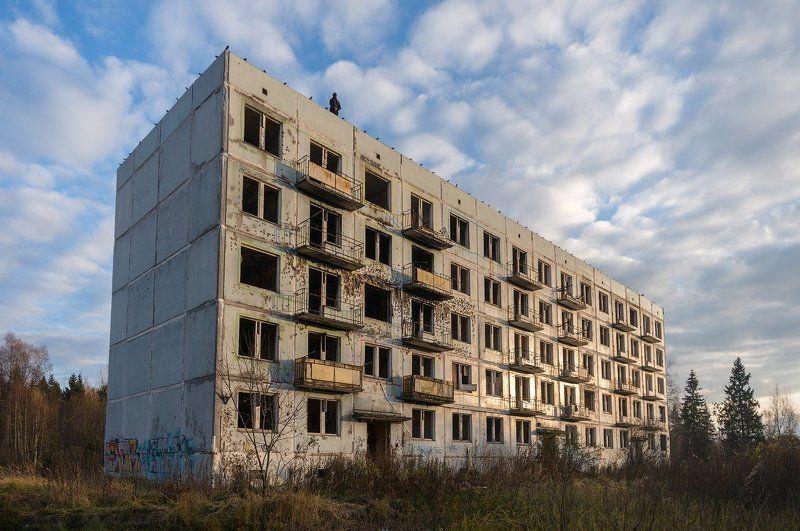Адуляр, дом, подмосковье Заброшенный город Адуляр в 100 км от Москвы.photo preview