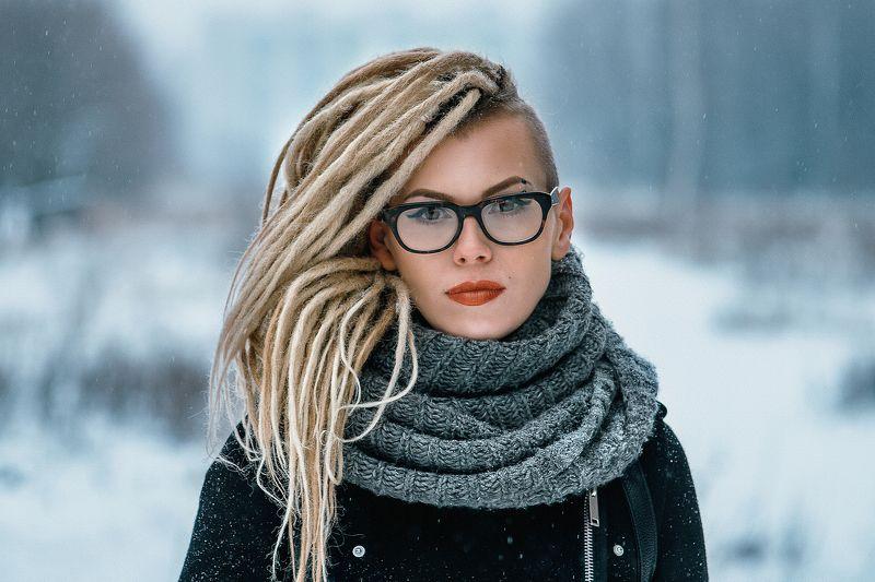 девушка, портрет Любаphoto preview