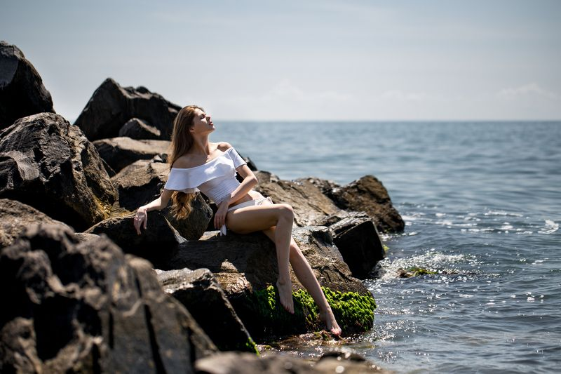 sea, sun, beach, water, rocks, girl, beautiful, sexy, summer, rest, travel, hot photo preview