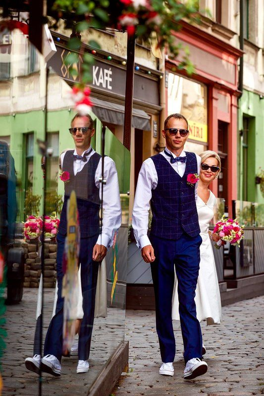 свадебная прогулка, свадьба, жених, невеста, любовь, love story, кольца, mdmmikle, Латвия, Рига Жених и невестаphoto preview